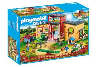 Playmobil #9275 - Tiny Paws Pet Hotel