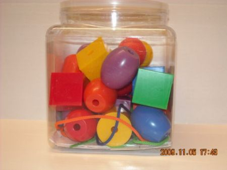 Jumbo Plastic Lacing Beads